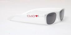 saját lógós napszemüveg